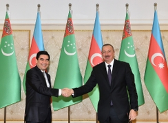 With Berdimuhamedow In Baku, Turkmenistan Looks To Increase Caspian Economic Integration
