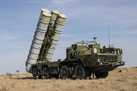 Russia, Saudi Arabia Sign $3 billion Arms Deal, Includes S-400