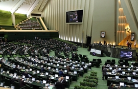 Iranian Lawmakers Call For Domestic Technology, Sees Global Messenger Apps As An Enemy