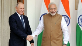 Despite Washington Objecting, Russia & India Sign $5 b Deal For S-400 Triumph Anti-Aircraft Missile System