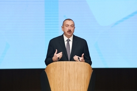 Humanitarian Crises Discussed At 2-Day Forum in Baku