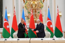 Azerbaijan Agrees To Buy Arms From Belarus