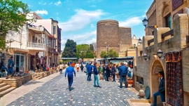 Tourist Influx Into Azerbaijan Hits New Record