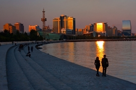 Baku's Seaside Boulevard Turns 110 Year Old