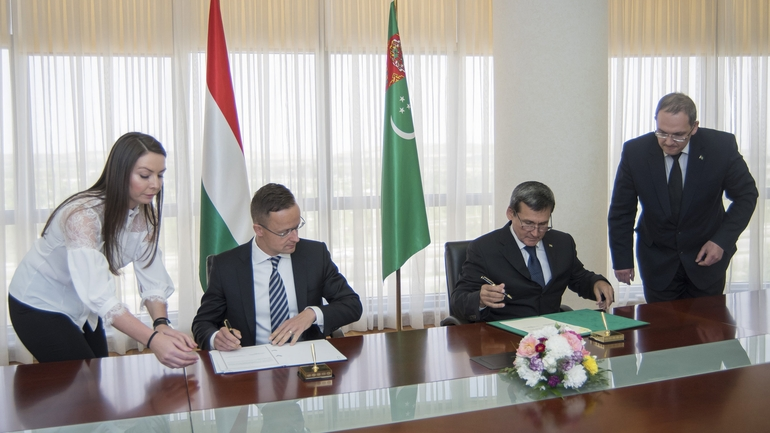 Turkmenistan & Hungary Look For Ways To Enhance Economic Ties