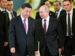 Russia & China De-dollarize In Face Of U.S. Sanctions