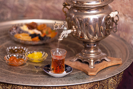 Azerbaijani Tea Rises to Fame in Canada