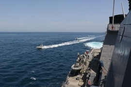 US Navy Accuses Iran of 'Dangerous Actions' Towards Military Ships