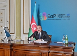 Azerbaijani President Prevents Armenian Prime Minister From Distorting Facts at Recent Summit