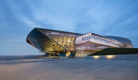 Futuristic Convention Center in Baku Receives Prestigious Award