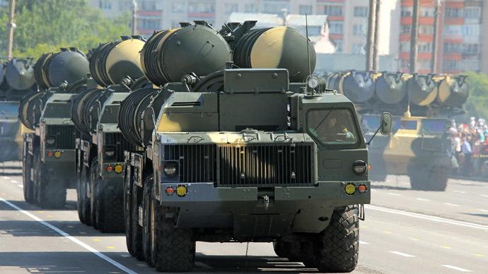 ישראל השמידה מערכת S300 איראנית-בשם 3 בחורדד-שהגיעה לסוריה השבוע 1503939457_576268_1503939383_0224178russia-s300-deliver_ZQBsed6