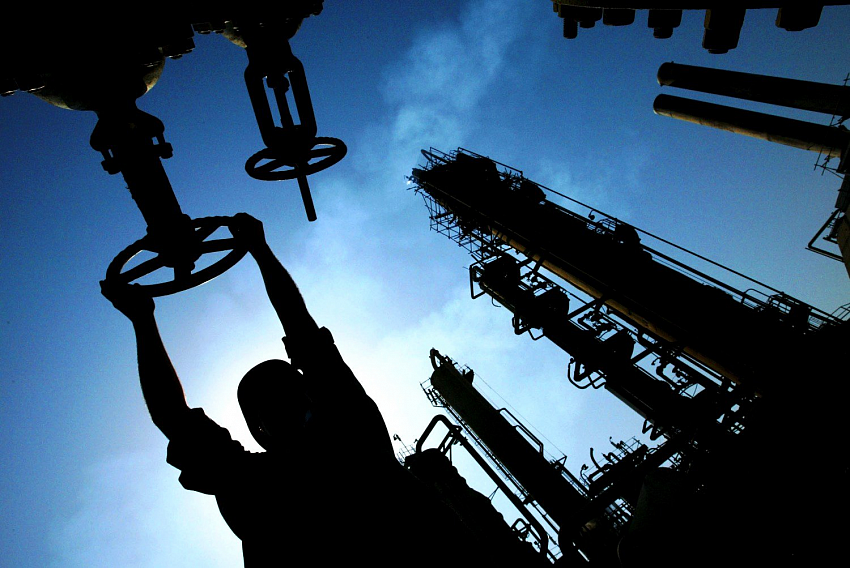 Russia & Kazakhstan Ink New Deal On Caspian, Continue Energy