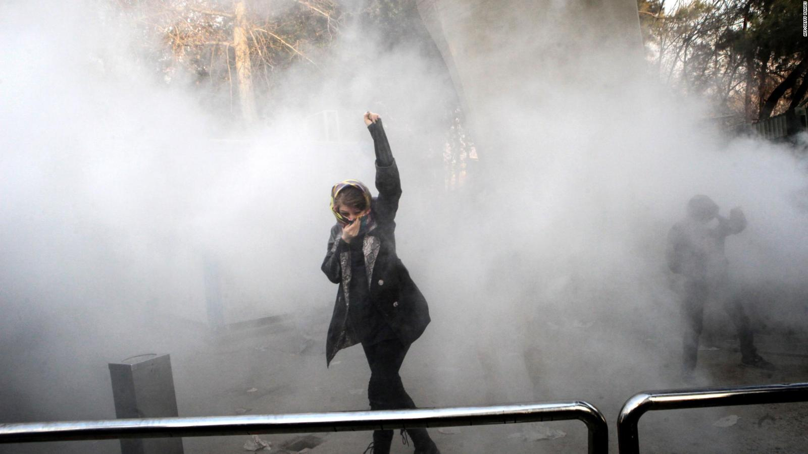 Students 'among more than 1000 arrested — Iran protests