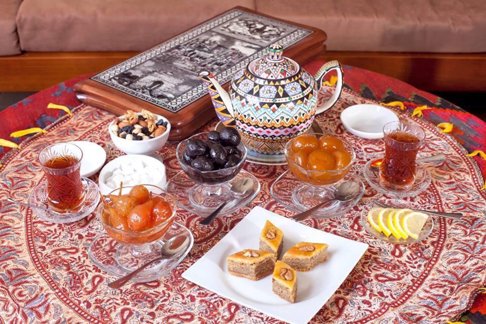 Tea Drinking In Azerbaijani Style - Caspian News