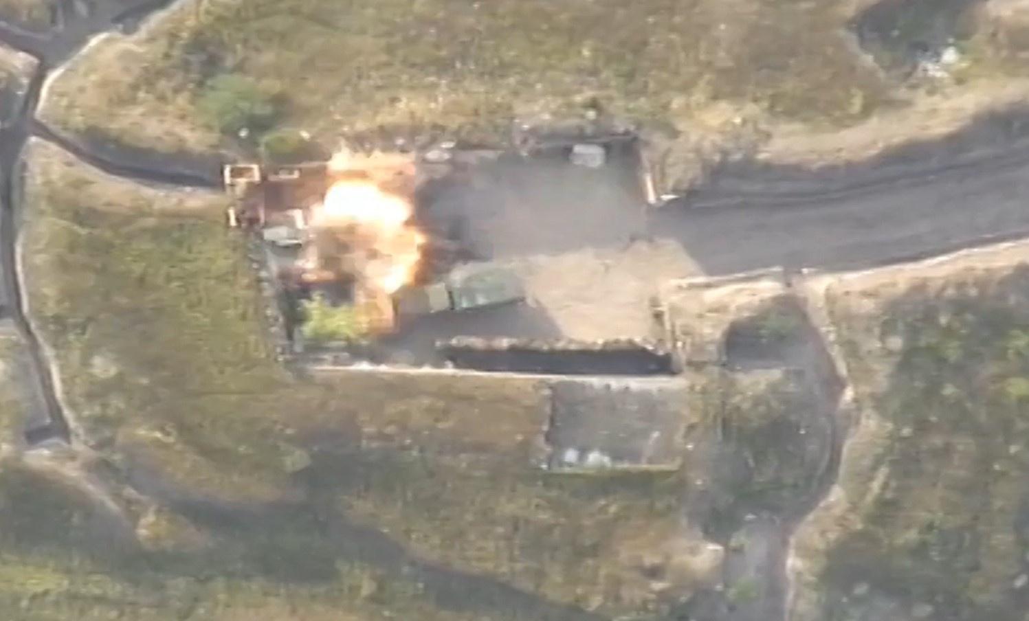Border fights: Armenia uses heavy equipment
